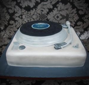 Turntable-cake